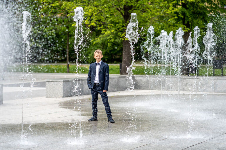 Komunia Sesja Plenerowa w Parku Zdjęcia Łódź